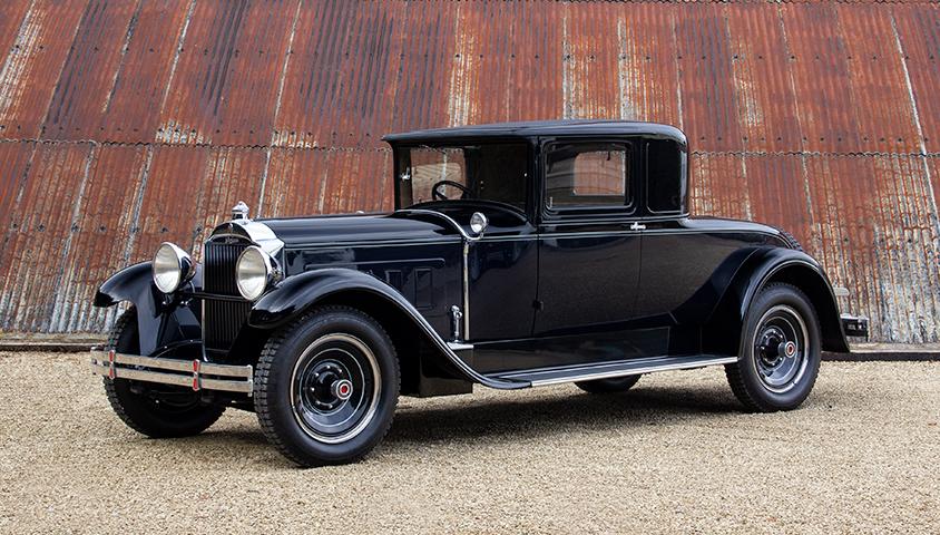 1929-Packard-640 front three quarter