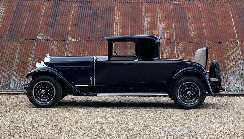 1929-Packard-640 left side profile
