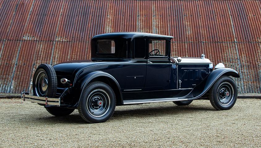 1929-Packard-640 rear three quater