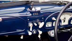 1939 BMW 327 /80 BY FRAZER NASH - dashboard